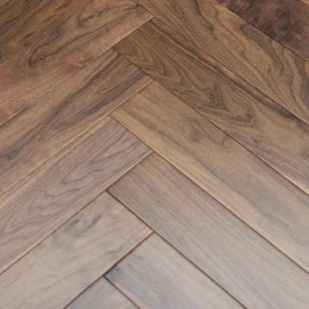 Maxi Herringbone Walnut Lacquered Engineered Wood Flooring