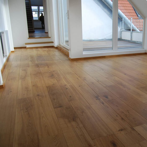 ABL EAST EUROPEAN ENGINEERED WOOD FLOORING RUSTIC LIGHTLY BRUSHED & LACQUERED FSC OAK 180X2400MM
