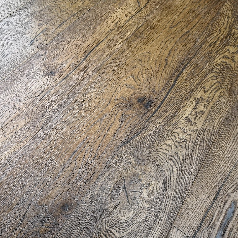 YNDE-ANTIQUE ENGINEERED DISTRESSED VINTAGE OAK BROWN ANTIQUE  190x1900mm