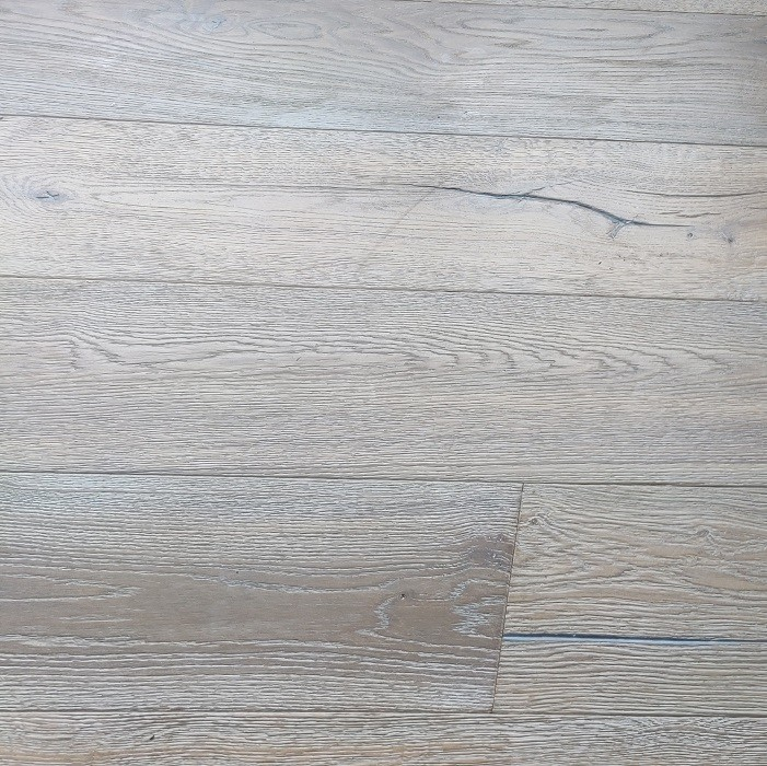YNDE-ANTIQUE ENGINEERED DISTRESSED VINTAGE OAK SMOKED WHITE ANTIQUE 220x2200mm