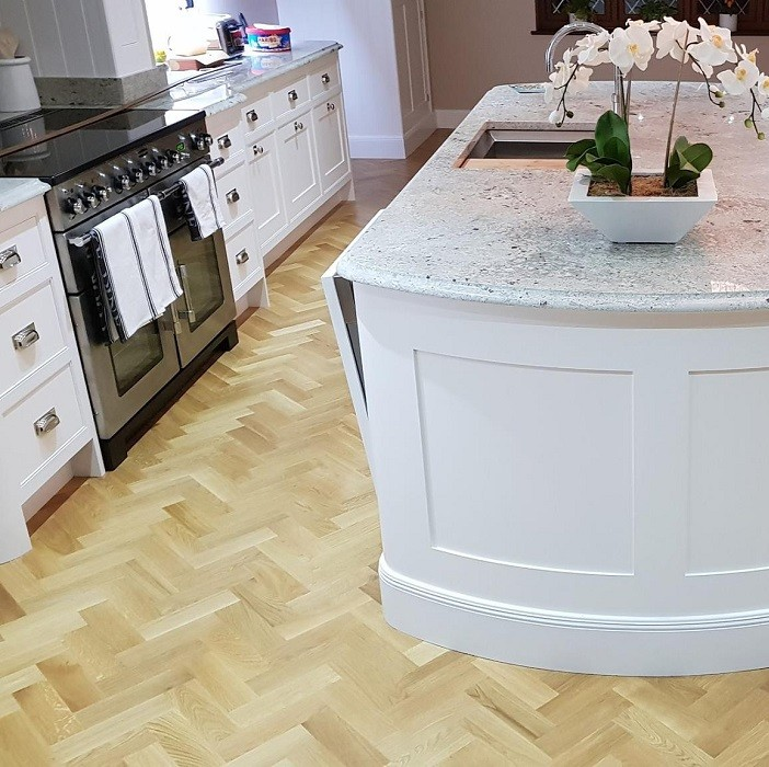 LIVIGNA HERRINGBONE ENGINEERED WOOD FLOORING OAK PRIME  OILED 70 x 350mm