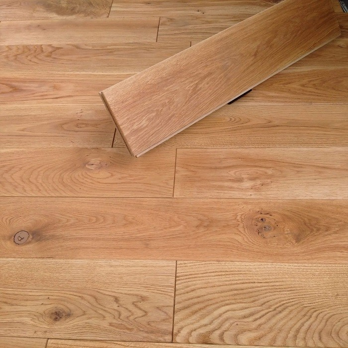 Y2 EUROPEAN  SOLID WOOD FLOORING RUSTIC OAK UV OILED 140xRANDOM