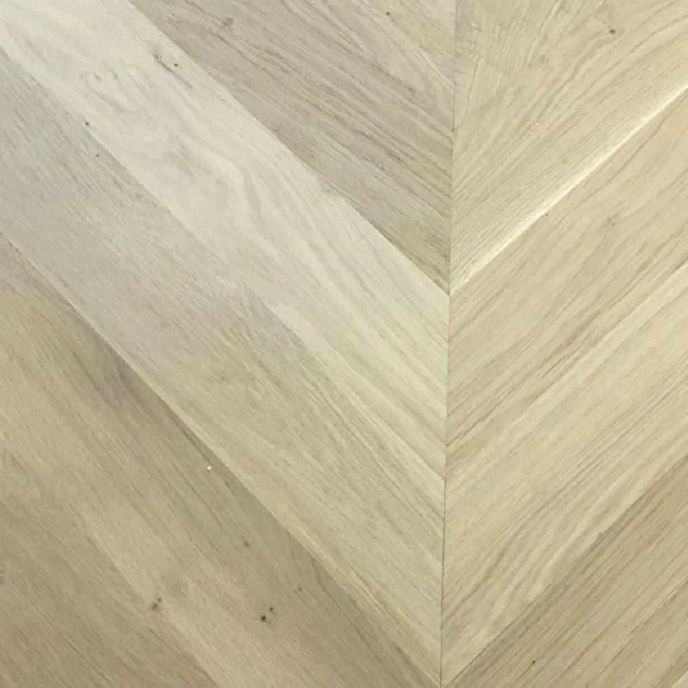 Maxi Chevron Collection Oak Unfinished  Engineered Wood Flooring  90x600mm