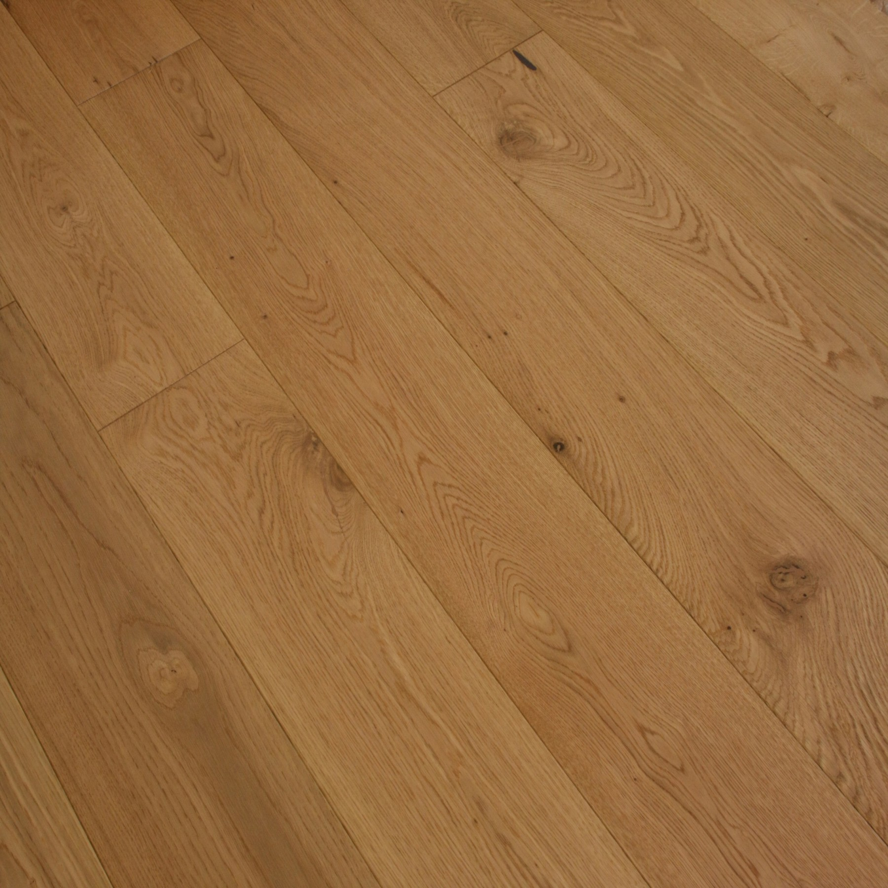BELLA PRESTON Oak Flooring Lacquered