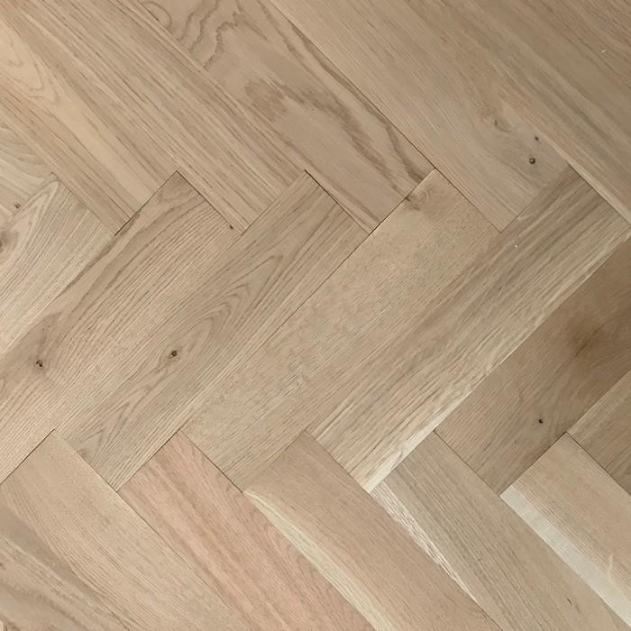 Livigna Herringbone Engineered WOOD FLOORING OAK Unfinished 70 x 280mm