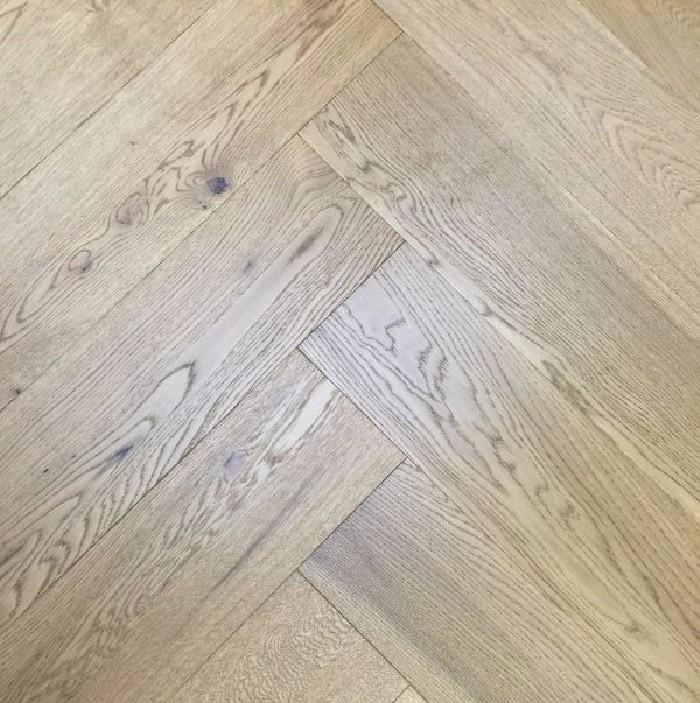 Y2 Herringbone Engineered Wood