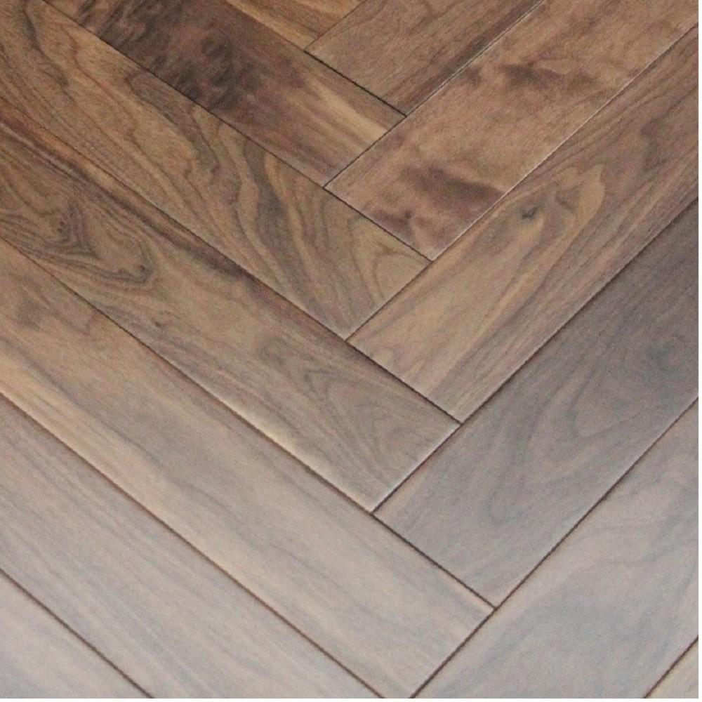 Maxi Herringbone Walnut Lacquered Engineered Wood Flooring 90x450mm