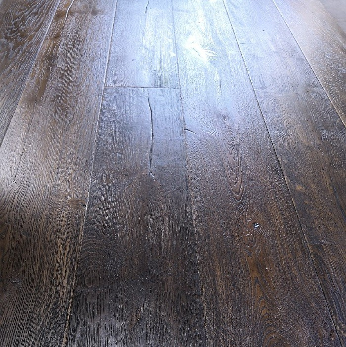Y2 ENGINEERED DISTRESSED brushed  VINTAGE OAK BLACK OILED ANTIQUE