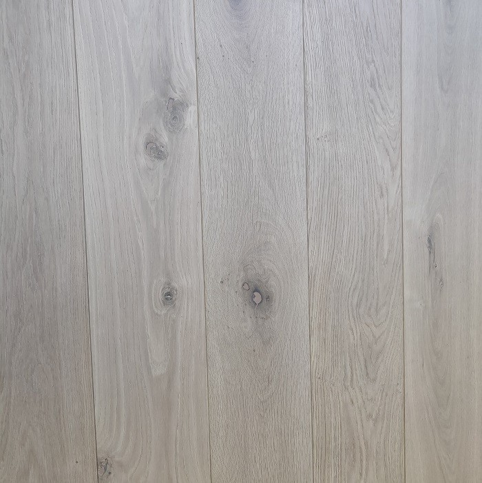 Y2 ENGINEERED WOOD FLOORING RUSTIC INVISIBLE FINISH BRUSHED RAW OAK 190x1900mm
