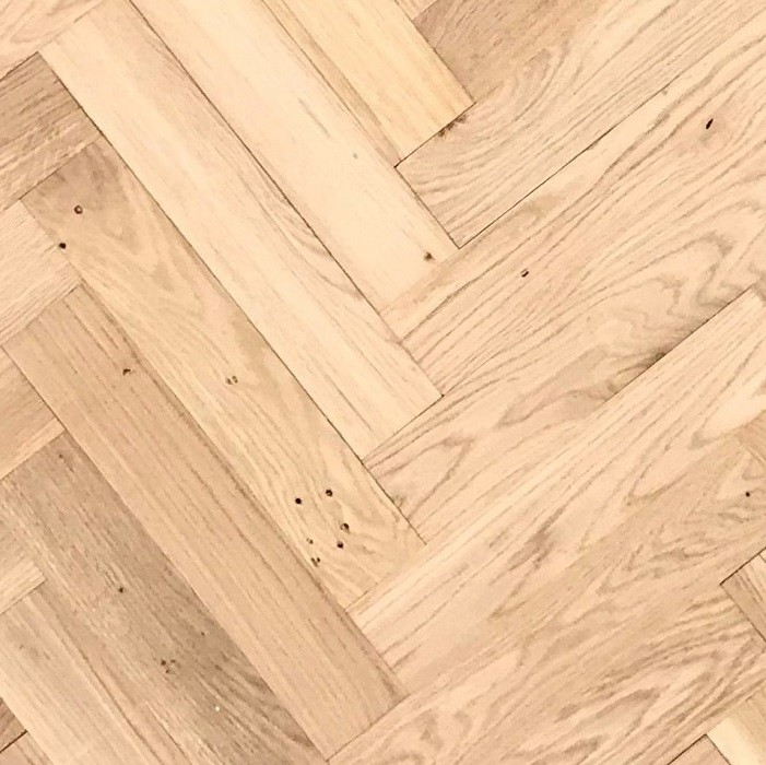 LIVIGNA HERRINGBONE ENGINEERED WOOD FLOORING UNFINISHED RUSTIC OAK 70X350MM