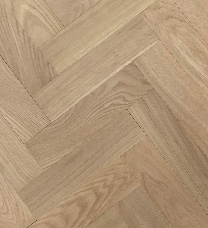 LIVIGNA HERRINGBONE ENGINEERED WOOD FLOORING UNFINISHED PRIME OAK 70X350MM