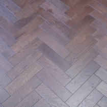 Y2 HERRINBONE ENGINEERED WOOD FLOORING WALNUT STAINED BRUSHED MATT LAC 80x300mm