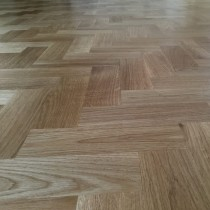 LIVIGNA HERRINGBONE ENGINEERED WOOD FLOORING OAK PRIME  LACQUERED 70 x 350mm