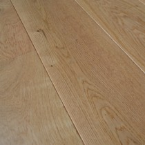 ENGINEERED WOOD FLOORING CLASSIC UV LACQUERED OAK