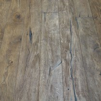 Y2 ENGINEERED WOOD FLOORING DISTRESSED BRUSHED LIGHT BROWN ANTIQUE OAK 220x2200mm