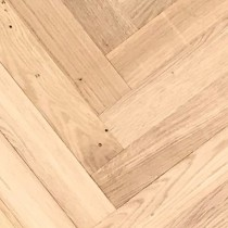 LIVIGNA HERRINGBONE SOLID WOOD FLOORING OAK RUSTIC UNFINISHED 70X350MM