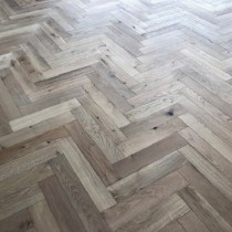 Y2 Solid Herringbone Engineered Wood Oak Flooring Unfinished