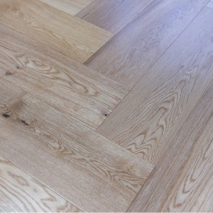 YNDE-PARQUET HERRINGBONE ENGINEERED WOOD OAK NATURAL UV LACQUERED  FLOORING 150X600MM