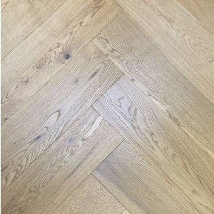 YNDE-PARQUET HERRINGBONE ENGINEERED WOOD SMOKED OAK  UV OILED FLOORING 150X600MM