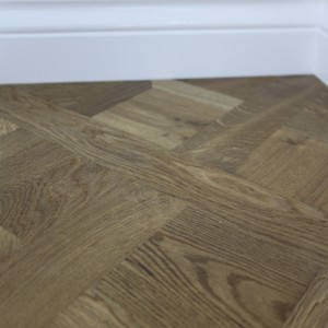 Maxi Versailles Panels Natural Smoked Oak Oiled Engineered Wood Flooring  580x580mm
