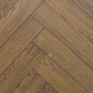 NATURAL SOLUTIONS HERRINGBONE  ENGINEERED WOOD FLOORING OAK  LIGHT GREY BRUSHED&UV OILED 100x400mm