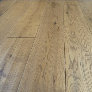 Y2 EUROPEAN  SOLID WOOD FLOORING RUSTIC OAK GOLDEN HANDSCRAPPED UV OILED 125xRANDOM