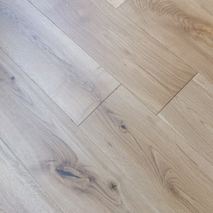 Y2 EUROPEAN  SOLID WOOD FLOORING CLASSIC OAK BRUSHED OILED 150xRANDOM